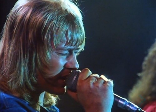 Brian Connolly (d. 1997) breathing life into rock 'n' roll (The Sweet, 1978)