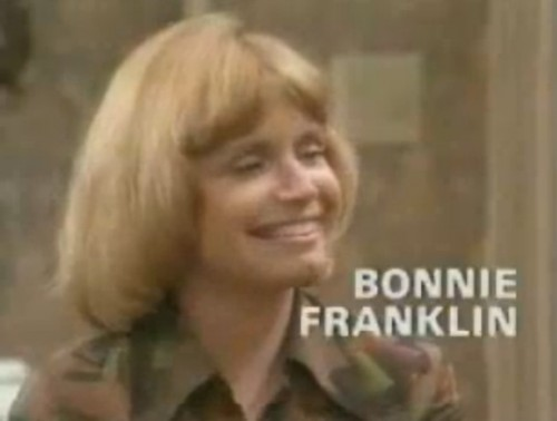 Bonnie Franklin, 'One Day at a Time' TV intro, 1976