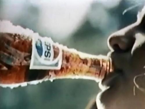 Pepsi adds...live? (1973)
