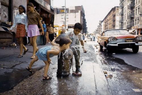 Avenue C, Lower East Side, 1970. (Photo: Camilo José Vergara via Time.com)