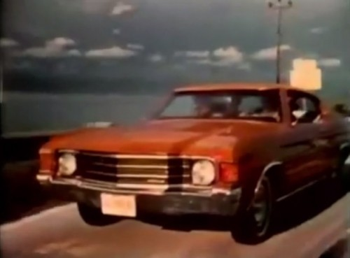 That beauty needs a white racing stripe right down the hood (Chevelle commercial, 1972)