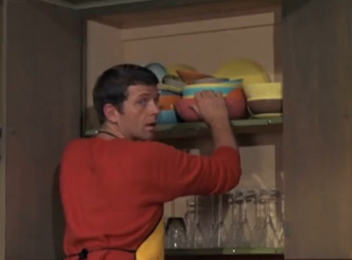 Mike 'Kitchen Master' Brady at work (Robert Reed, 'The Brady Bunch,' 1970)