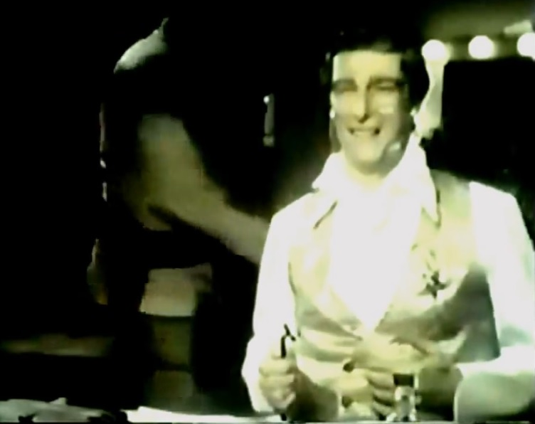 Sunday 70s Spots: Richard Mulligan & Gillette (1972 ...